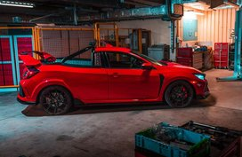 Honda Civic Type R transforms into a pickup truck in a one-off project dubbed Project P