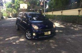 2014 Toyota Wigo AT Blue Hatchback For Sale