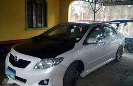 2010 Toyota Corolla Altis1.6v AT White For Sale