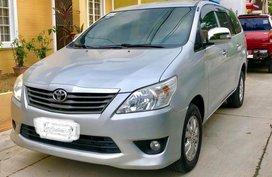Fresh Toyota Innova E A/T Silver SUV For Sale