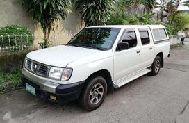 Nissan Frontier 2007 MT 2.7S White For Sale