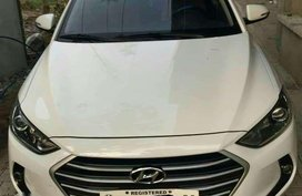 Fresh 2017 Hyundai Elantra 1.6 GL Matic White For Sale