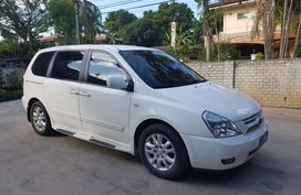 Kia Carnival 2008 Automatic White For Sale