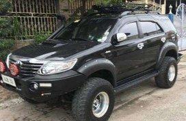 Toyota Fortuner 2014 2.7L Gas Black For Sale