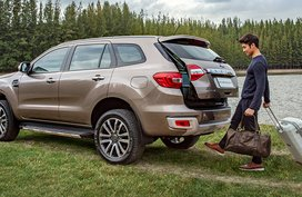 Ford Everest 2019 hit Thai showrooms yesterday