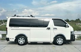 2008 Toyota Hiace Commuter White For Sale
