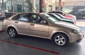 Chevrolet Optra 2008 model Golden For Sale