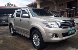 Toyota Hilux 2013 4x4 AT Beige For Sale