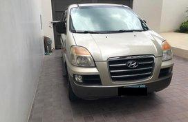 Hyundai Starex Diesel 2006 Golden For Sale