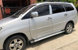 2005 Toyota Innova J MT Gas Silver For Sale