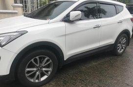 Hyundai Santa Fe 2013 White For Sale