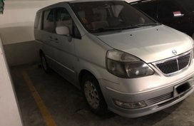 Nissan Serena 2003 AT first owned silver for sale