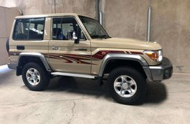 Brand New Toyota Land Cruiser LC70 ( Rover FJ 4x4 Jeep diesel )