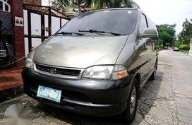 Toyota Hiace Van Granvia 4x4 Diesel like starex urvan