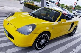 2004 Toyota MR-S Spyder 2 Doors Convertible MT - 480K NEGOTIABLE!