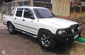 Toyota Hilux 4x2 Dsl MT 1994 FOR SALE