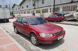 Toyota Camry 2000 gxe For sale only