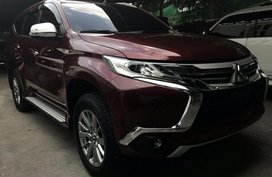 2017 Mitsubishi Montero Red For Sale