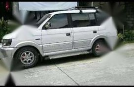 Mitsubishi Advenrure 2000 White For Sale