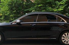 Excellent Mint condition Mercedes-Benz S400 Ruby Black 2015
