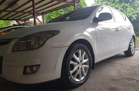 Hyundai I30 2009 Gasoline Automatic White for sale