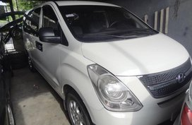 Almost brand new Hyundai G.starex Diesel 2013