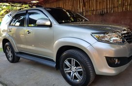 Toyota Fortuner A/T 2.5G 2012 model FOR SALE