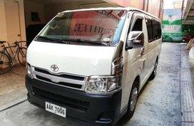 2014 Toyota Hiace Commuter Van FOR SALE