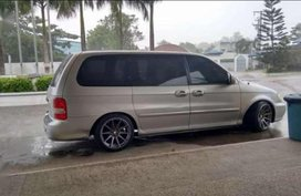 Kia Sedona 2004 model FOR SALE