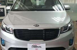 Classy yet Affordable Kia Grand Carnival Diesel