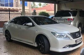 Toyota Camry 2.5V 2014 FOR SALE