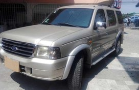 For sale Ford Everest 2005 Automatic tranny 4x2