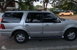 For sale Ford Expedition 4x2 2004 Slightly used