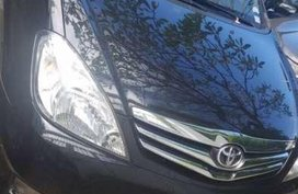 Toyota Innova 2011 V for sale