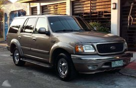 2002 ford expedition xlt engine