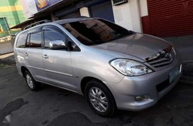 Toyota INNOVA G Top of the line 2011 model