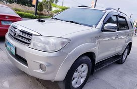 Toyota Fortuner V 4X4 AT 2008 (Top of the Line) - 630K NEGOTIABLE!