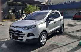 Selling Ford Ecosport 2015
