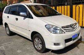Toyota Innova G Manual VVTi White Pearl 2011