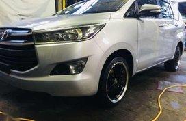 Rush rush Toyota Innova J 2017 model