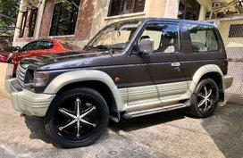 2000 MITSUBISHI Pajero 3 door automatic and Fieldmaster FM manual 4x4 BUNDLE