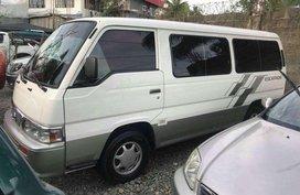 Nissan Urvan Escapade manual diesel 2013
