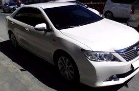 2014 Toyota Camry 2.5V Automatic transmission