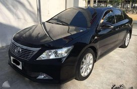 Toyota Camry 2.5V dual VVT-i AT 2015 model FULL CASA maintained!