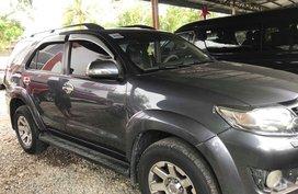 Toyota Fortuner manual diesel 2012 for sale