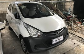 2016 HYUNDAI EON  manual white