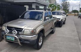 Toyota Hilux SR5 2004 ln166 FOR SALE