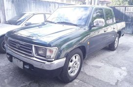 For Sale 2000 Toyota Hilux 4x2 All stock