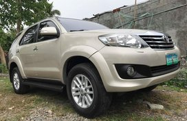 2012 Toyota Fortuner 2.5G for sale