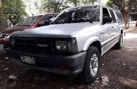 Like new Mazda B2200 for sale